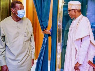 Pastor E.A Adeboye pays President Buhari a visit