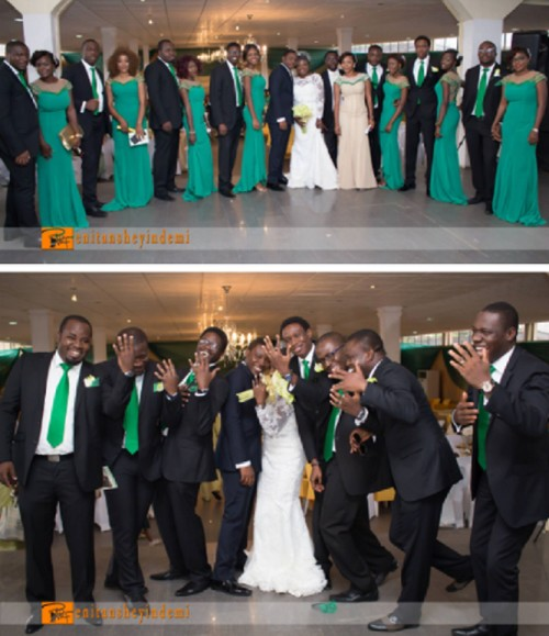 couple pose with bridesmaids and gromsmen