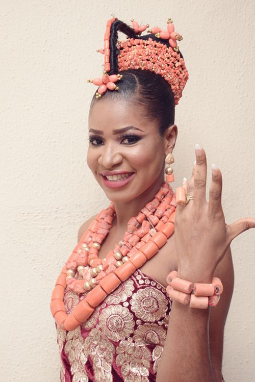 picture of bride in benin traditional wedding attire