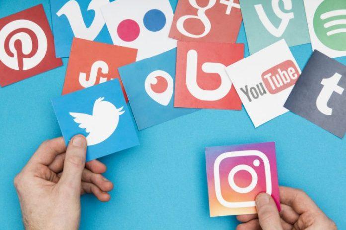 Flickr social media