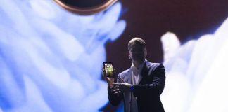 Samsung Shows Foldable Phone Draft Version