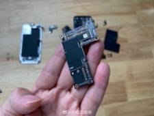 Apple iPhone 12 Pro Max smartphone battery display
