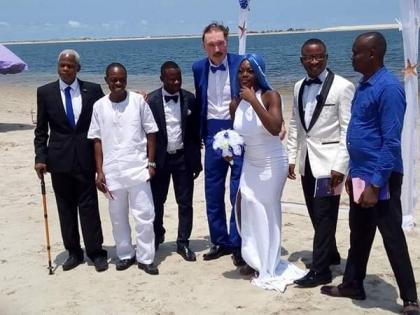 Oniru Beach wedding 5