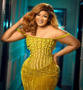Omotola's reaction after her husband Ekeinde flew Erica in his plane.