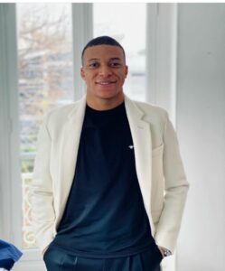 Mbappe Said He's Better Than Ronaldo And Messi Combine.