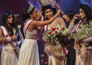 Mrs World Yanks Crown Off Mrs Sri Lanka's Head After Falsely Outing Her as Divorcee