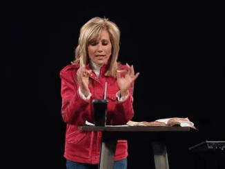 Beth Moore Sermons - Train Your Brain 1
