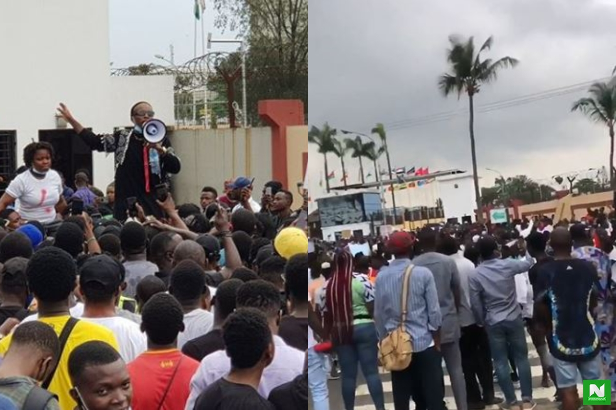EndSARS: Small Doctor Mobilizes Protesters From Agege, Lagos To Multiply The Crowd At The Lagos State House Of Assembly (Video)