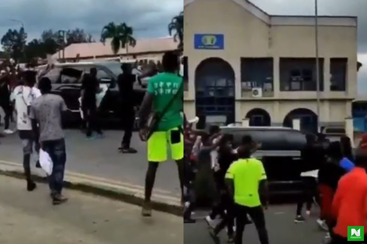 Uyo Protestors Refuse N4 Million Bribe From The Governor And Label Him A Yahoo Boy (Video)