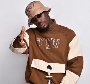 Tulenkey - Baba Ft. Black O, Kofi Mole, Kwesi Soul Mp3 Audio Download
