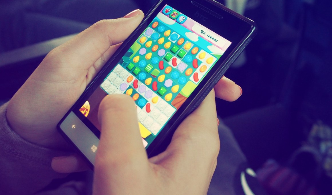 candy crush 1869655 1920 - Top 10 Android Games To Play In 2020.