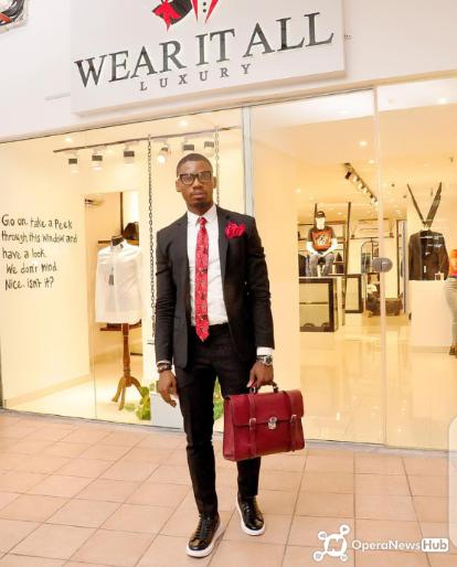 Nigerian Fashion Icon Dr. SodiQ Babatunde Rufai bags Nelson Mandela Leadership Award of Excellence & Integrity from Ecowas Youth Council