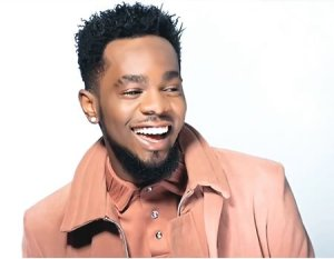 NICE ONE!! Patoranking Offers Full Scholarship To 10 Nigerian Students