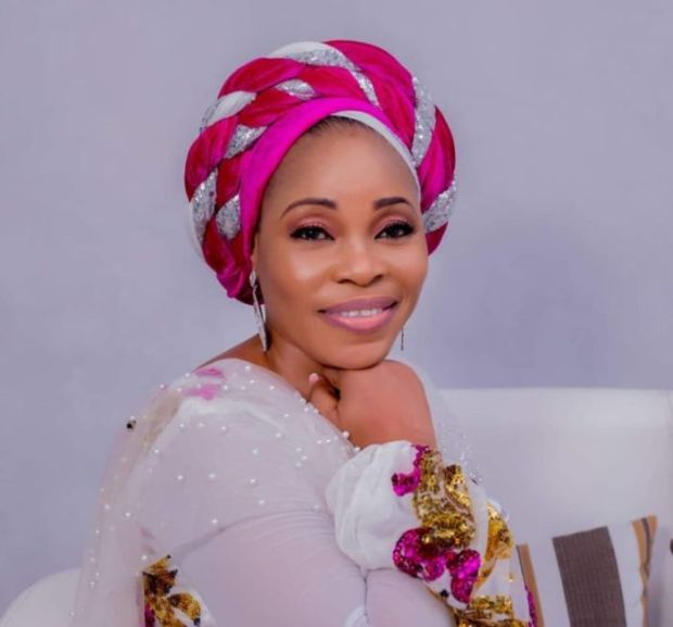 Tope Alabi's Husband Reacts To Her Viral 'Soapy' And 'Zanku' Dance Video (See What He Said)