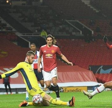Marquinhos pokes PSG ahead against Manchester United in the Champions League