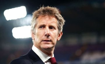 REPORTS: Manchester United Legend, Van Der Sar Eyes Arsenal Role