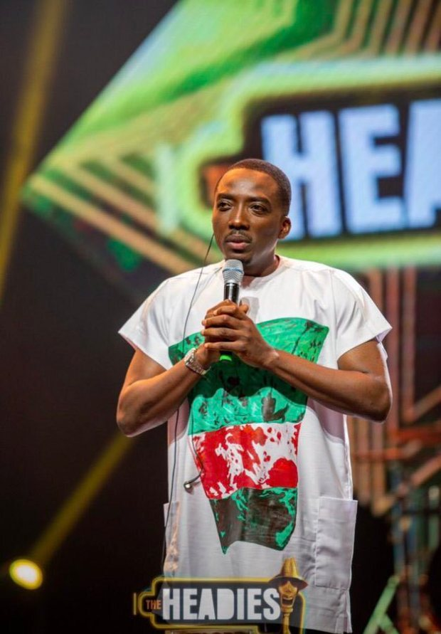 Bovi's Outfit To The #14thHeadies Awards Goes Viral (Photo)