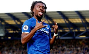 Beautiful Lady Proposes to Super Eagles Star, Alex Iwobi [PHOTO]