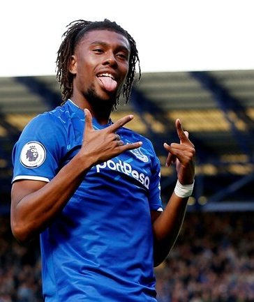 Beautiful Lady Proposes to Alex Iwobi