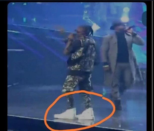 Haters Photoshopped Laycon Shoes – Fan Came To The Rescue Of The Rapper