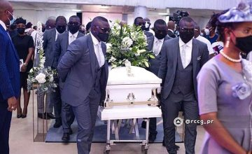 Touching Pictures From The Burial Of Pastor Adeboye's Son, Dare (Photos)
