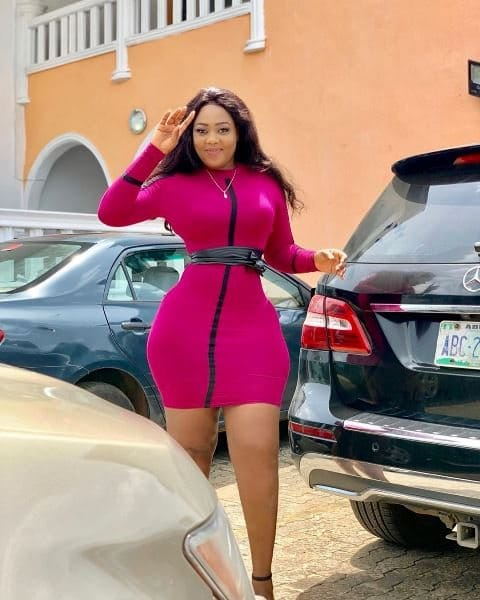 Actress Kicks Her Colleague Out of a Job Because of Birthday Wish
