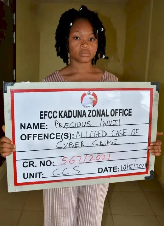 EFCC Arrests Lady For Selling Her Photos, Facebook Account To Fraudsters