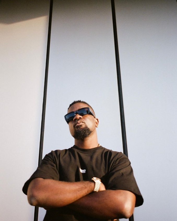 """celebrity news: """"I have unreleased tune with Wizkid due to the fact I don't like the outcome"""" Ghanaian rapper Sarkodie"""
