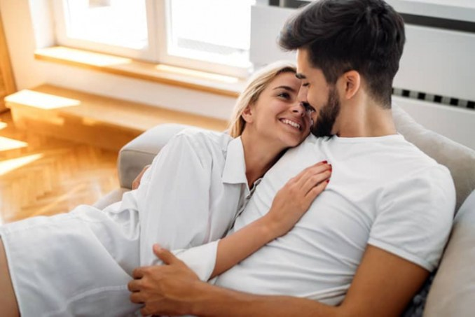 How To Win A Man's Heart And Mind (10 Ways To Success)