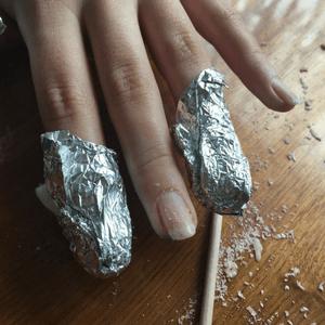 Gel Manicure Foil