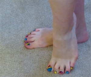school toenail design
