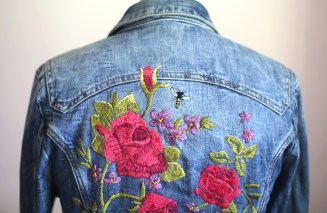 Source: http://whatiwore.tumblr.com/post/149653784273/my-diy-embroidered-denim-jacket