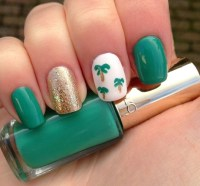 Easy Palm Tree Nail Art