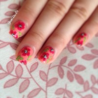 Summer Floral Nail Art | naildawdle