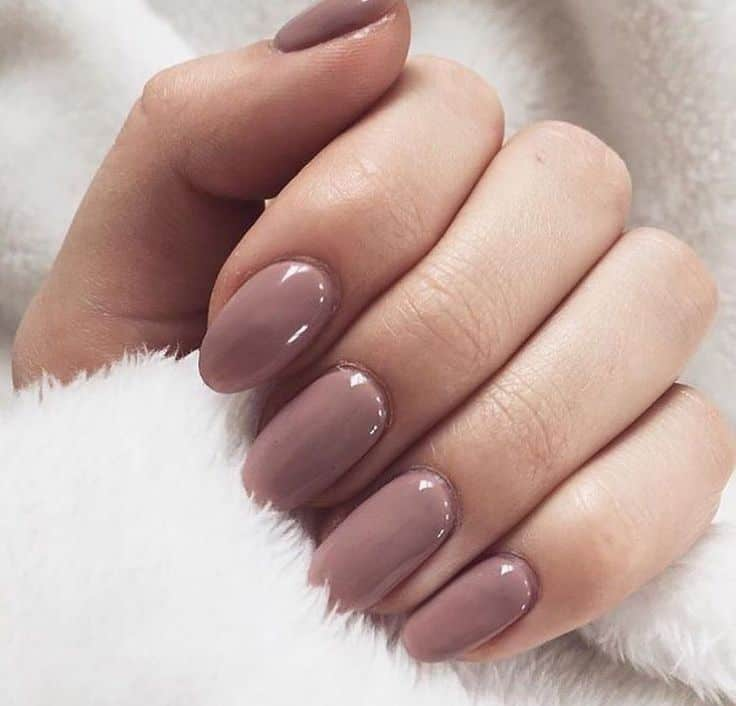 Gel Nails Vs. Acrylic Nails: Which One You Should Get?