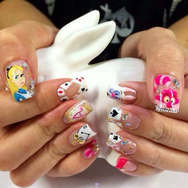 Alice In Wonderland Nail Art: 7 Design To Indulge in Fantasy