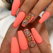 cool offin shape nails