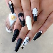 coffin style nails win