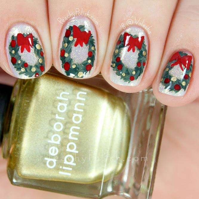 Christmas Wreaths for Holiday Nails
