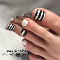 21 Fun Toe Nail Designs To Go Crazy Over