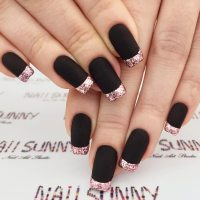 27 Fancy Ways To Rock Matte Black Nails ...