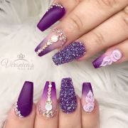 trendy purple nails