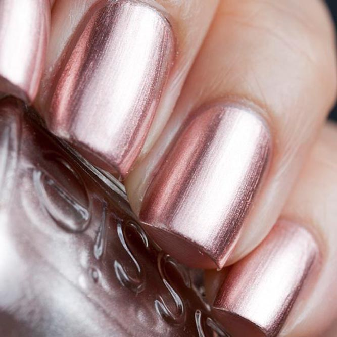Metallic Rose Gold Nails Designs picture 1