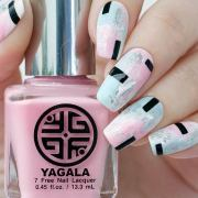spicy nail design spring