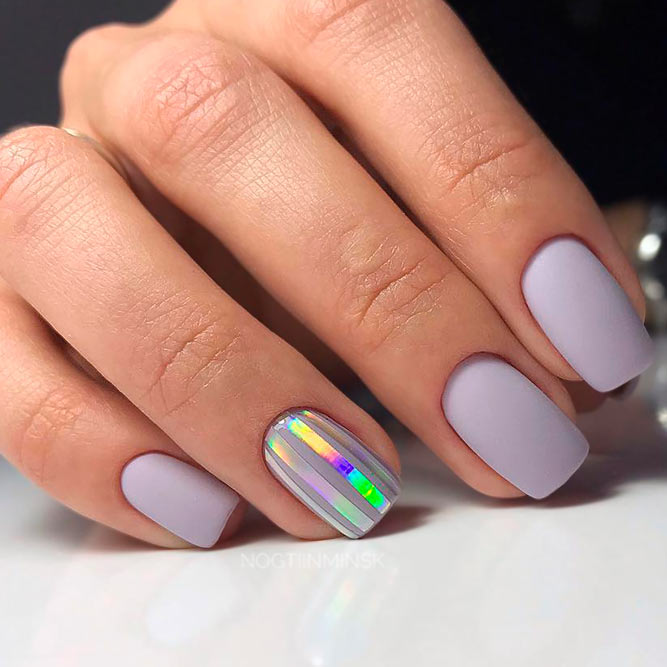 Sweet Pale Lilac Nails