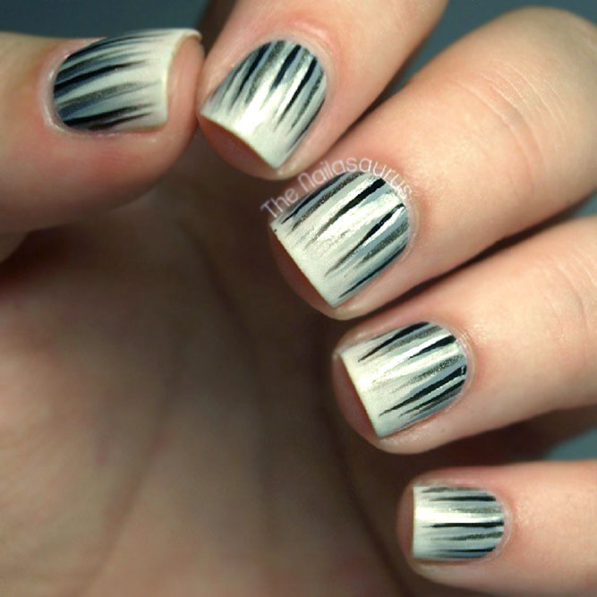 Black & White Waterfall Nails