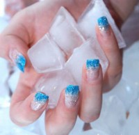 blue-ice-nail-art
