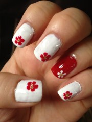 3 'trendy' and colorful nail design