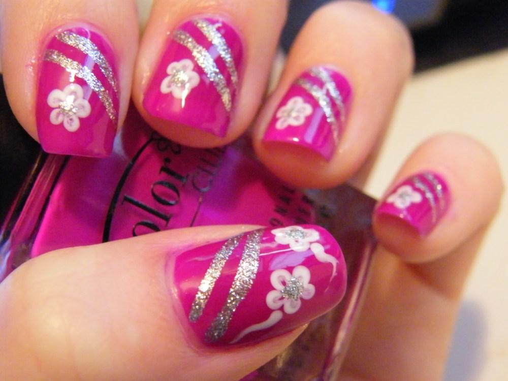Mrs. Robinson Manicure (3/5)