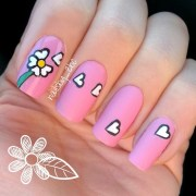 mummy's fav daisy nail art